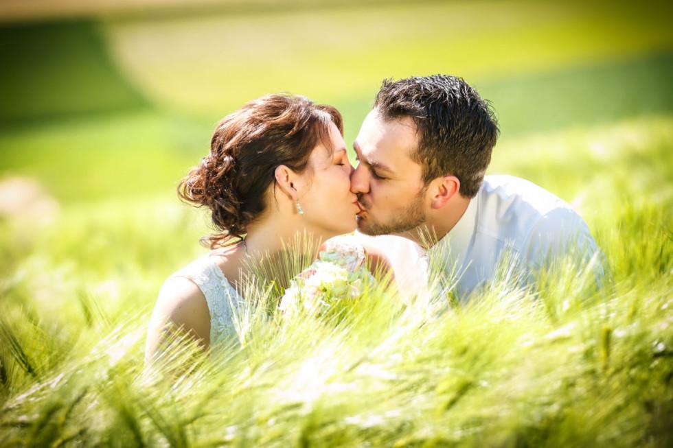 Die standesamtliche Trauung von Angelika und Marc: Liebe unterm (und im) Kirschbaum
