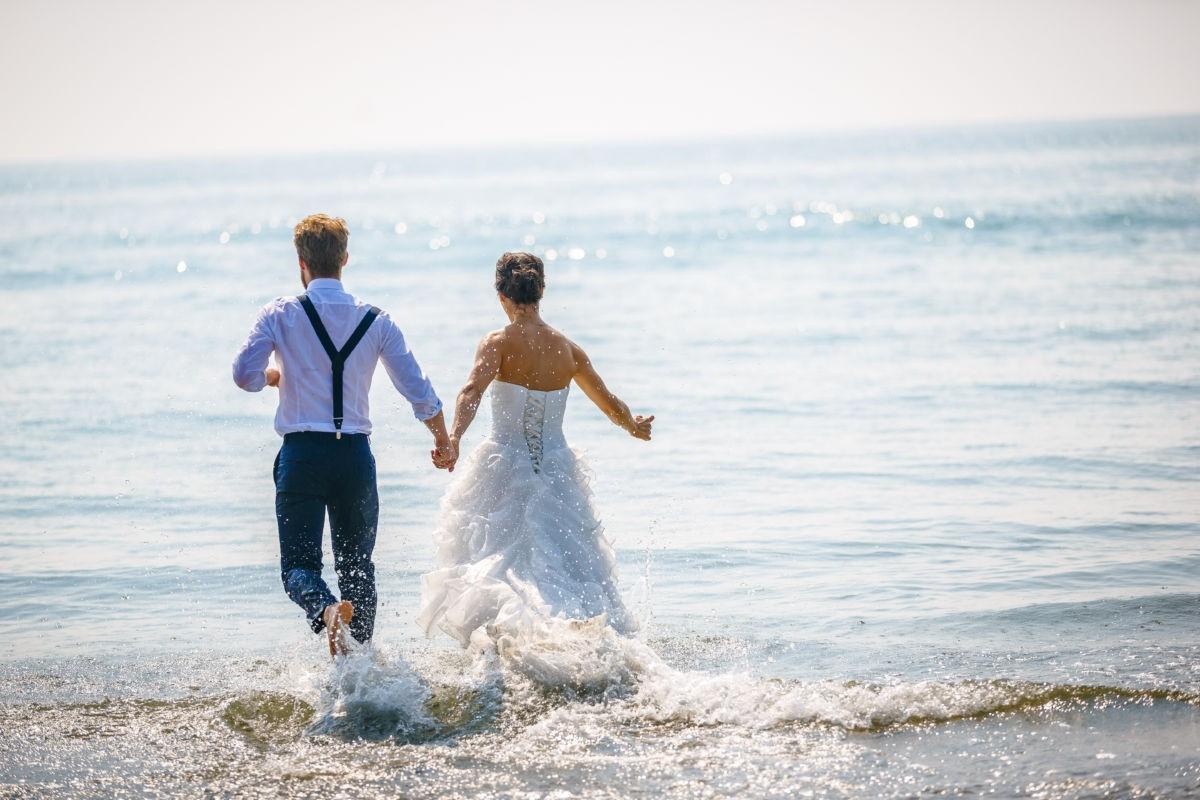 Hochzeitsbilder im Wasser