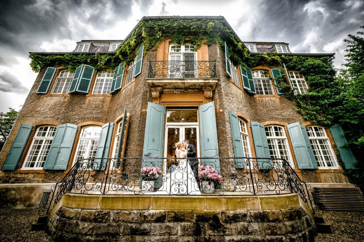 Als Hochzeitsfotograf Herdecke können wir das Schloss Eicherhof als Location empfehlen