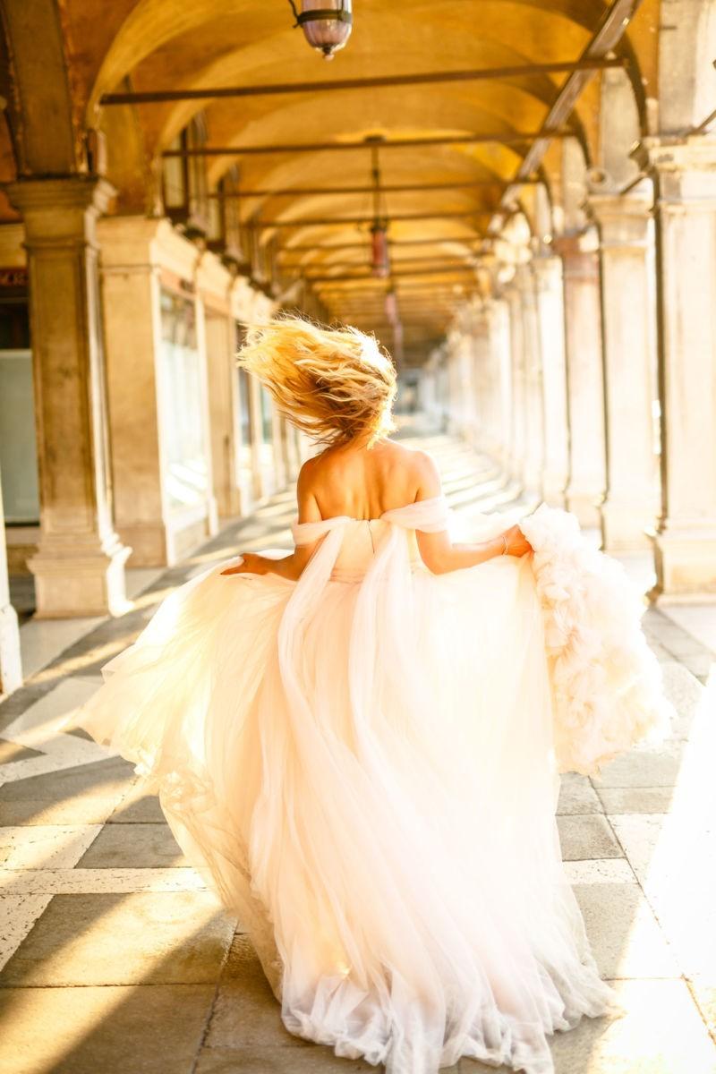 Ein Bridal Shoot in Venedig ist eine schöne Gelegenheit sein Prinzessinnenkleid nochmal zu tragen