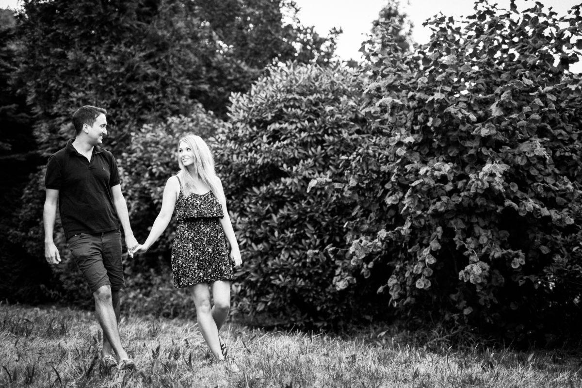 Bei diesem Engagementshooting in Solingen entstanden viele schöne Verlobungsbilder