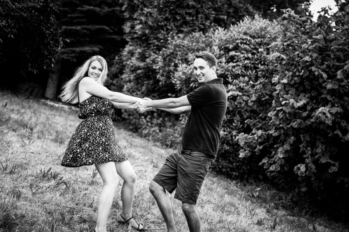 Vor der eigentlichen Hochzeit findet ein Verlobungsshooting statt