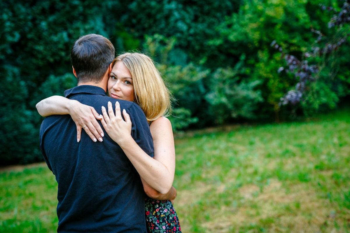 Bei diesem Paarshooting in NRW entstanden viele schöne Verlobungsbilder