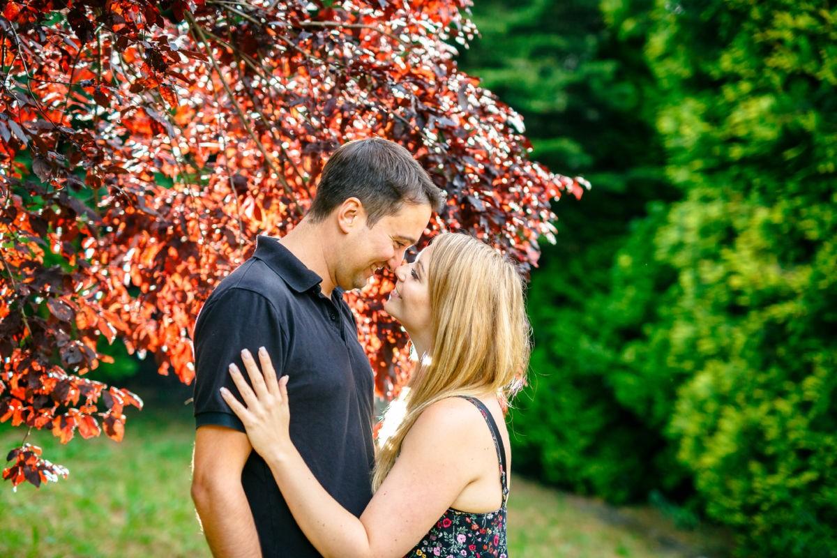 Bei einem Paarshooting entstehen viele schöne Aufnahmen von euch als Liebespaar.
