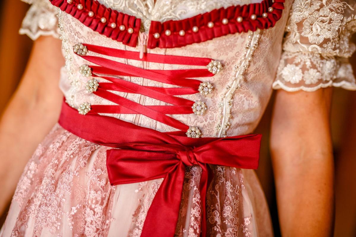 Getting Ready der Braut in Österreich