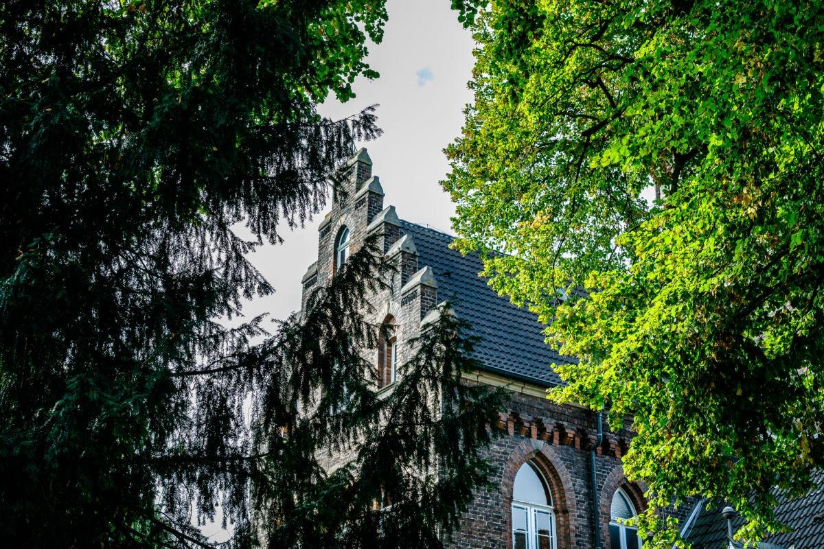 Die Marienburg in Langenfeld ist eine wunderschöne Location für die standesamtliche Trauung