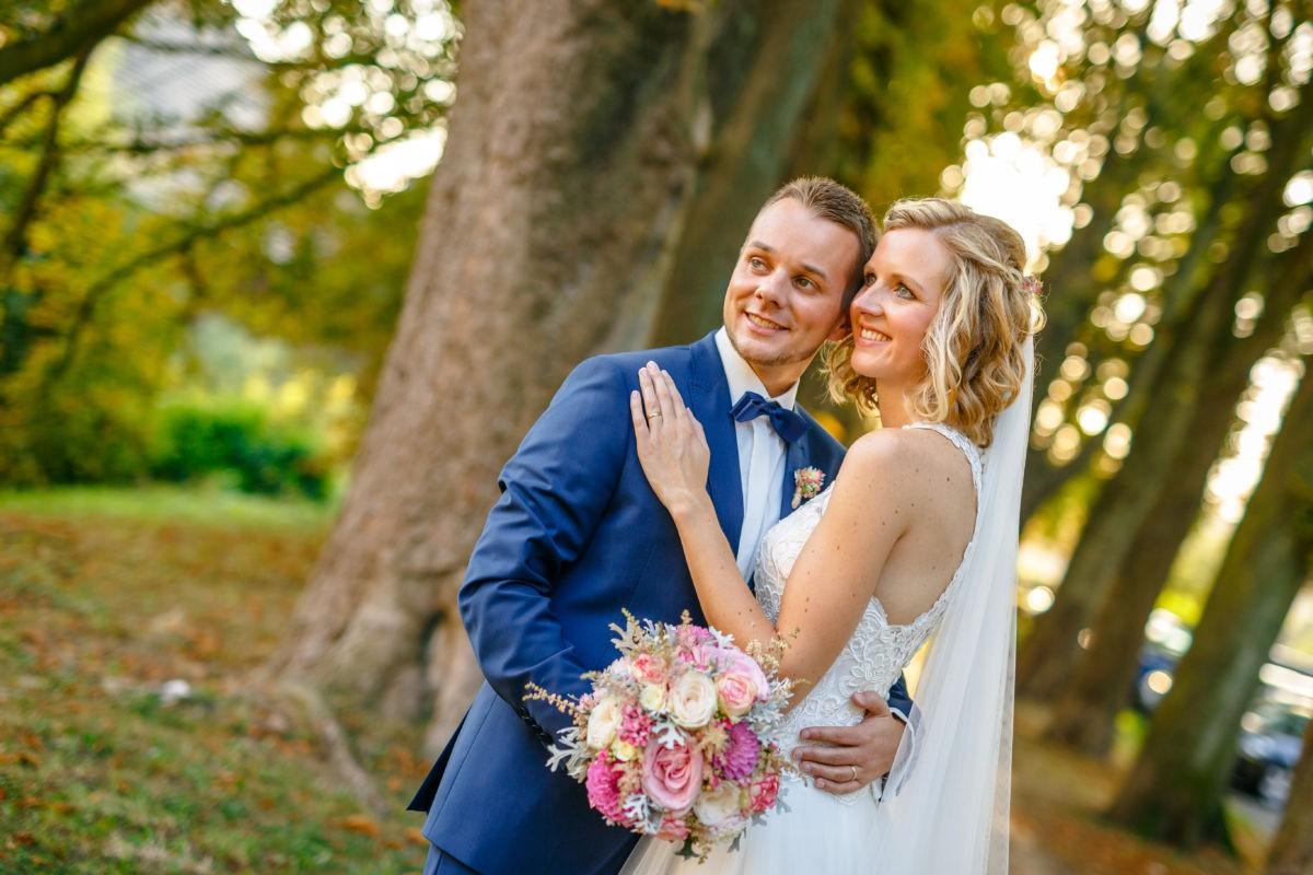 Zu einer Hochzeitsreportage gehört auch das Brautpaarshooting, diese hochzeitsfotos entstanden in Bochum