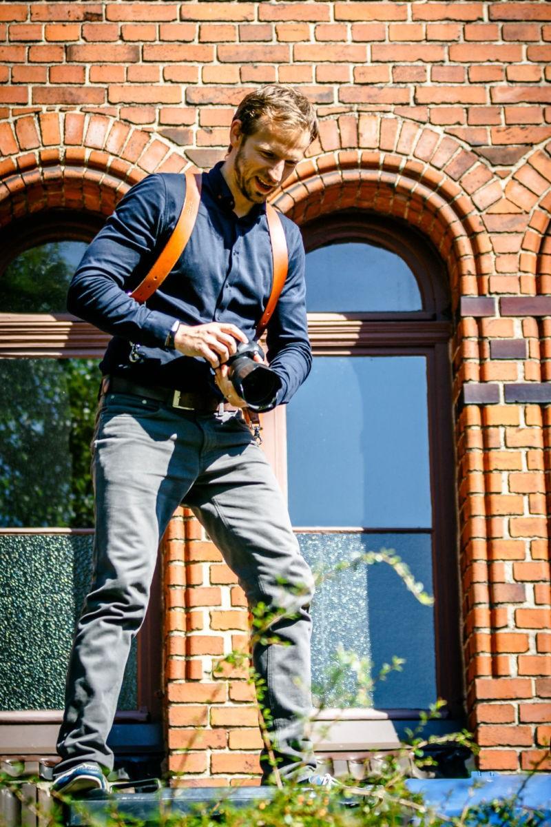 Der Hochzeitsfotograf Mettmann bringt sich für das beste Foto in Gefahr