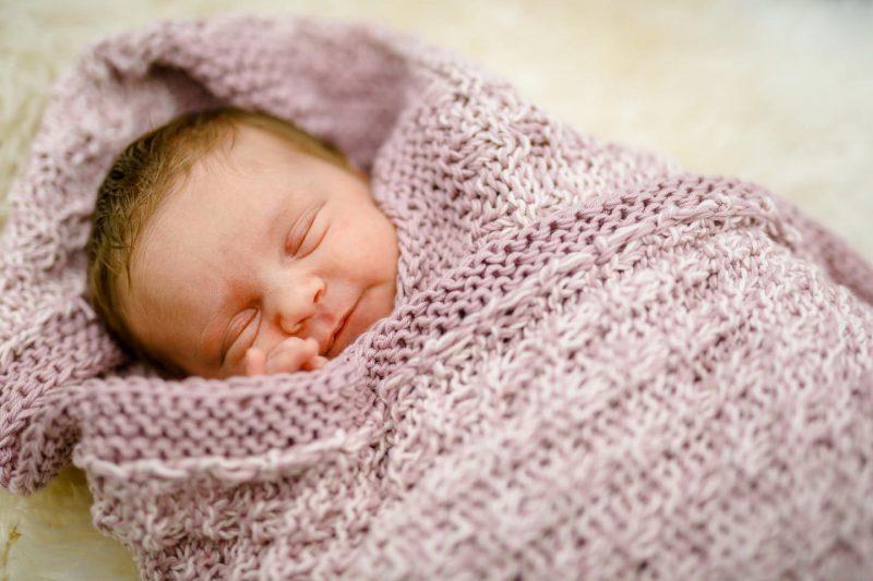 babyshooting babyfotos babyfotograf newborn neugeborenenfotografie 04 800x533 - Baby & Belly