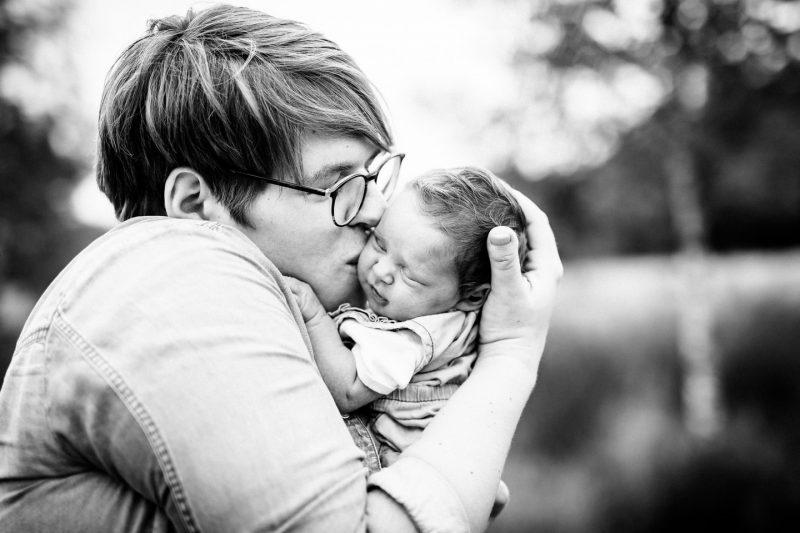 babyshooting babyfotos babyfotograf newborn neugeborenenfotografie 08 800x533 - Baby & Belly