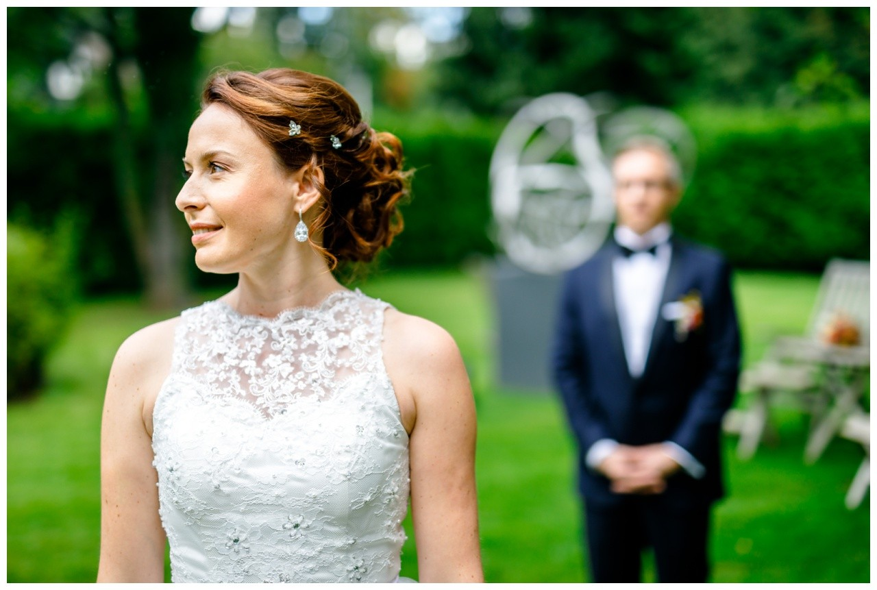 Brautpaarfotos an der Wipper Aue in Solingen