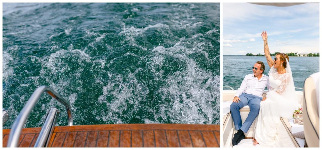 Hochzeit auf dem Chiemsee, das Brautpaar fährt mit einem Speedboot