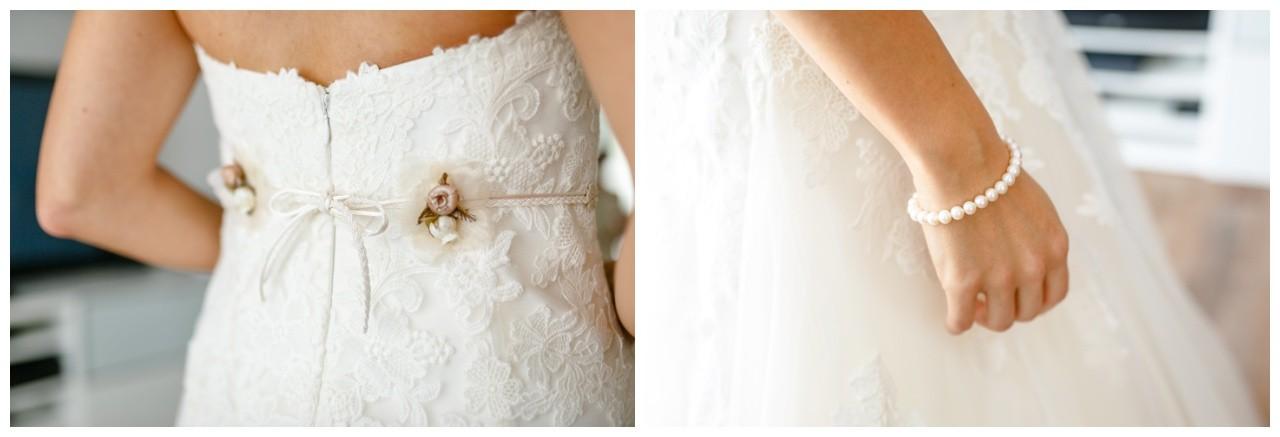 Getting Ready der Brautgürtel und Brautschmuck mit Perlen