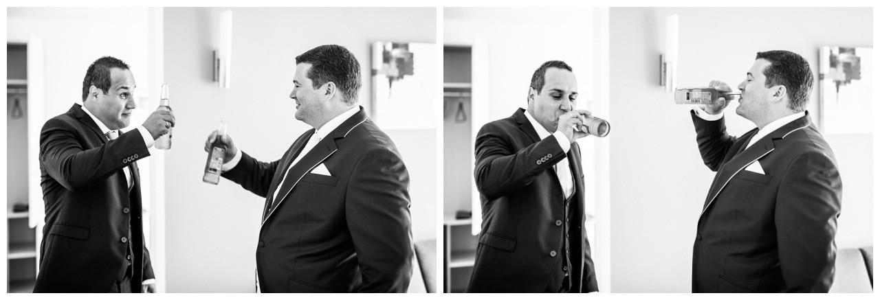 Trauzeuge und Bräutigam vor der Hochzeit in Mönchengladbach