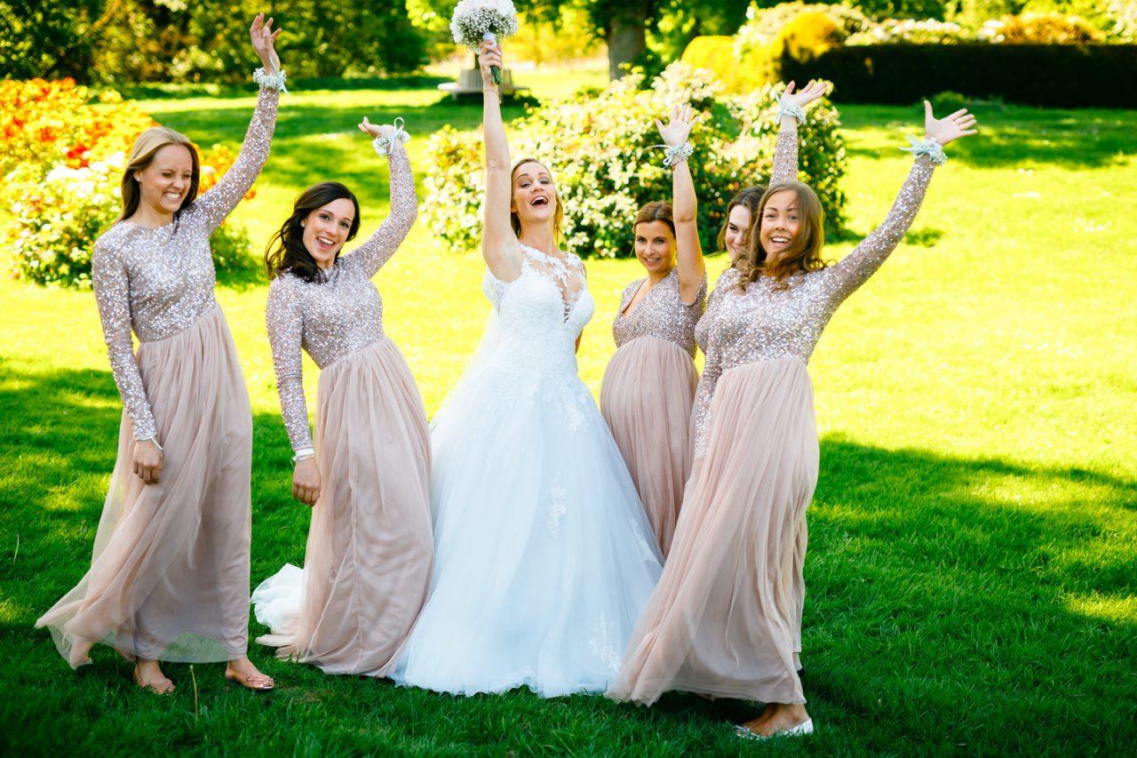 Brautjungfernfoto auf Schloss Hertefeld