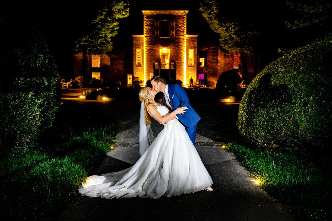 nightshot Hochzeitsfoto bei Nacht Schloss Hertefeld Weeze