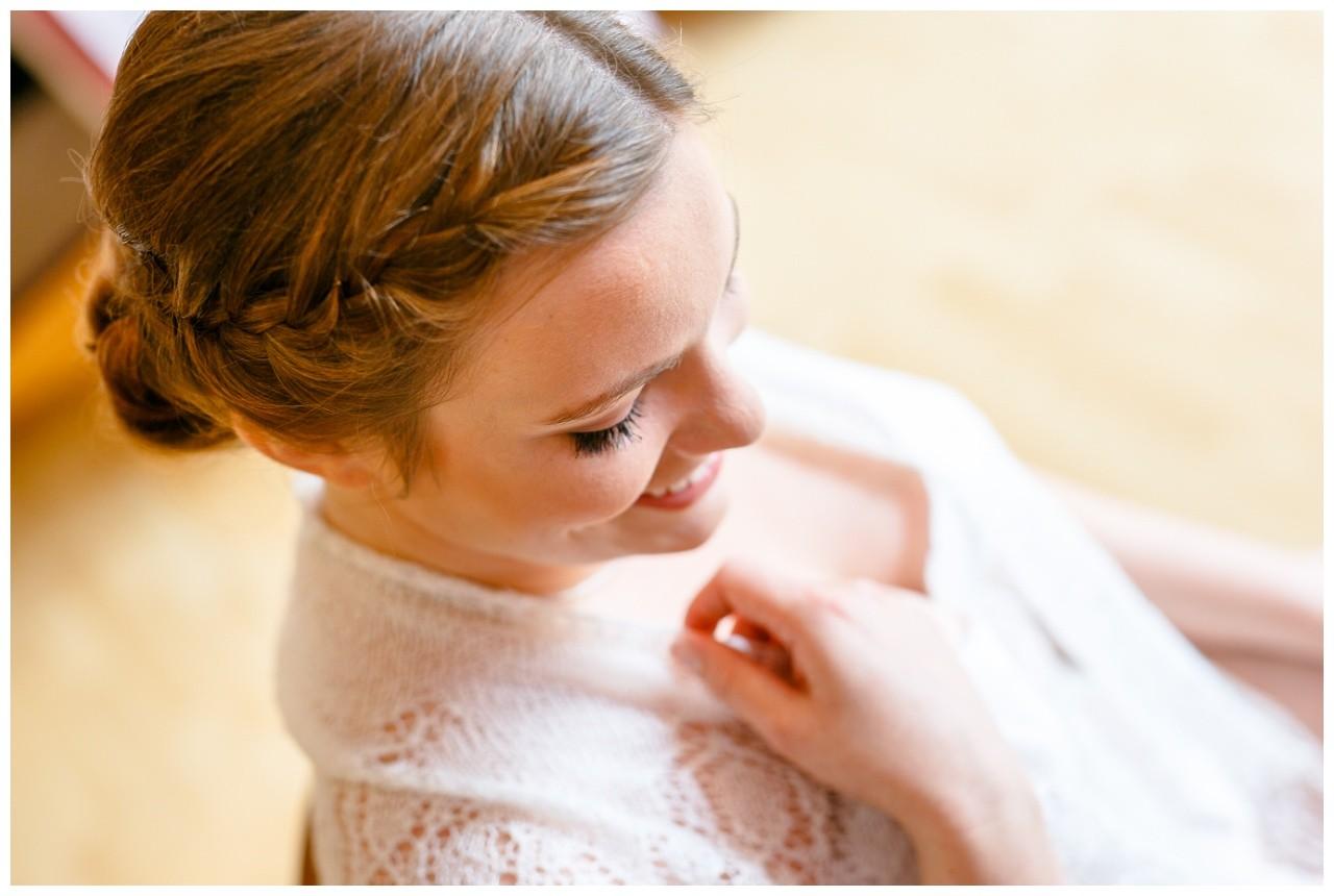 Die Braut beim Getting Ready in Wuppertal