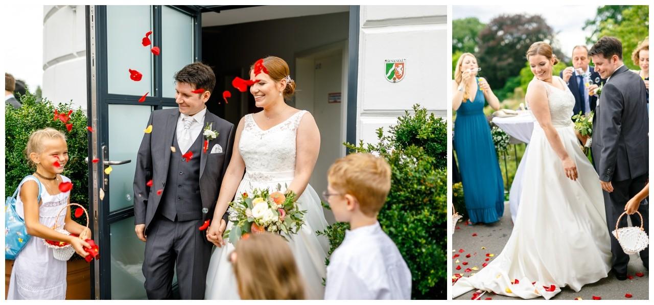 Hochzeitsempfang vor dem Elisenturm in Wuppertal mit dem Hochzeitsfotograf Wuppertal