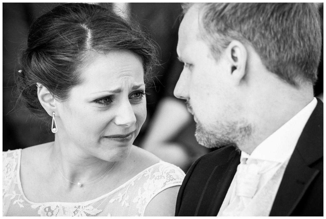 Braut und Bräutigam bei der Hochzeit auf Zeche Zollverein in Essen