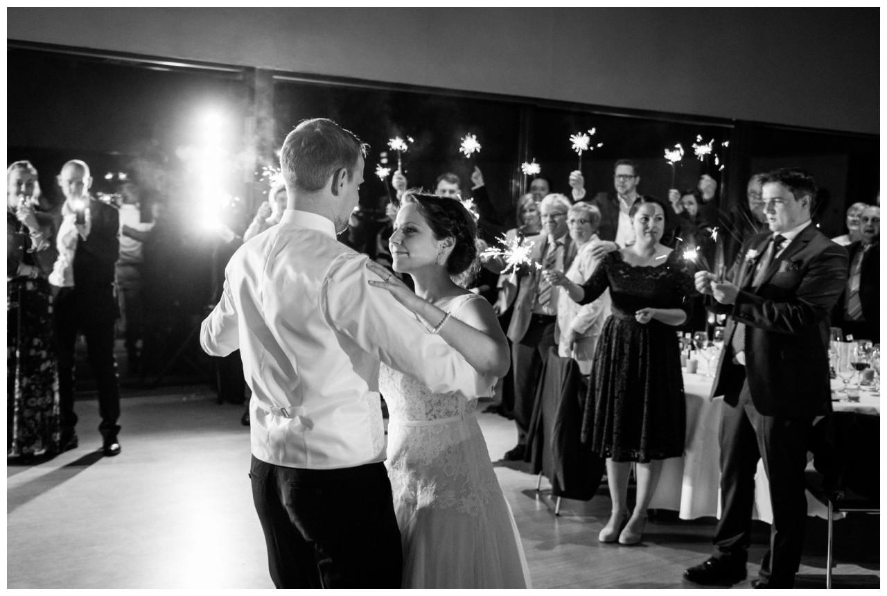 Der erste Tanz im Erich Brost Pavillon Zeche Zollverein