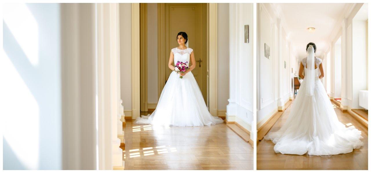 Die Braut geht zum Altar in der Redoute in Bonn