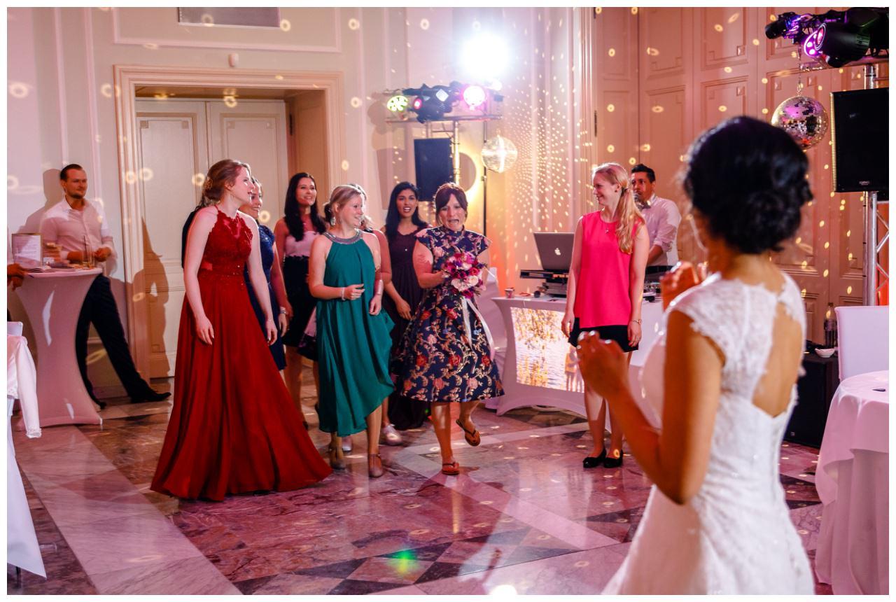 Hochzeit La Redoute Bonn  Hochzeitsfotograf 71 - Hochzeit im La Redoute in Bonn