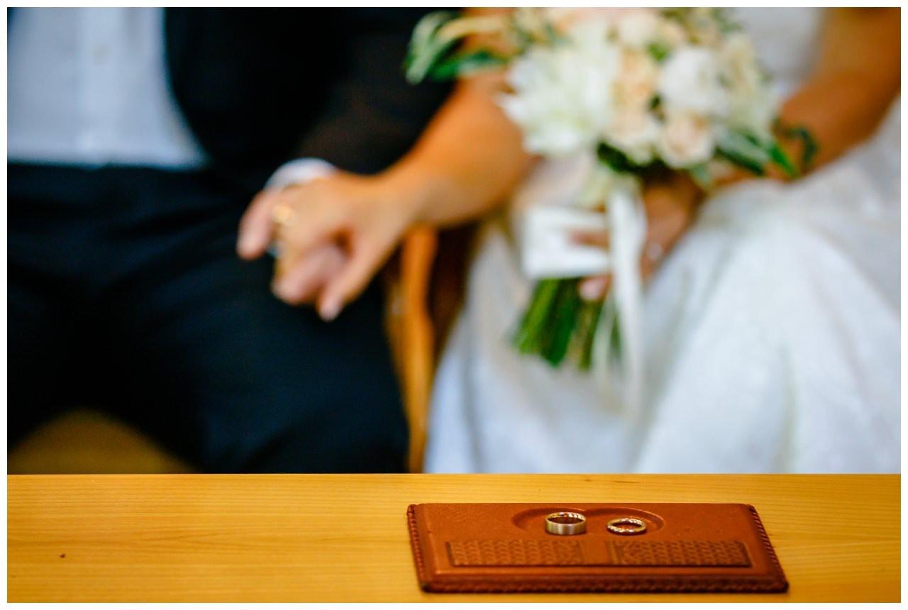 Hochzeit Tegernsee Fotograf Standesamt Bayern Hochzeitsfotograf 27 - Hochzeit am Tegernsee