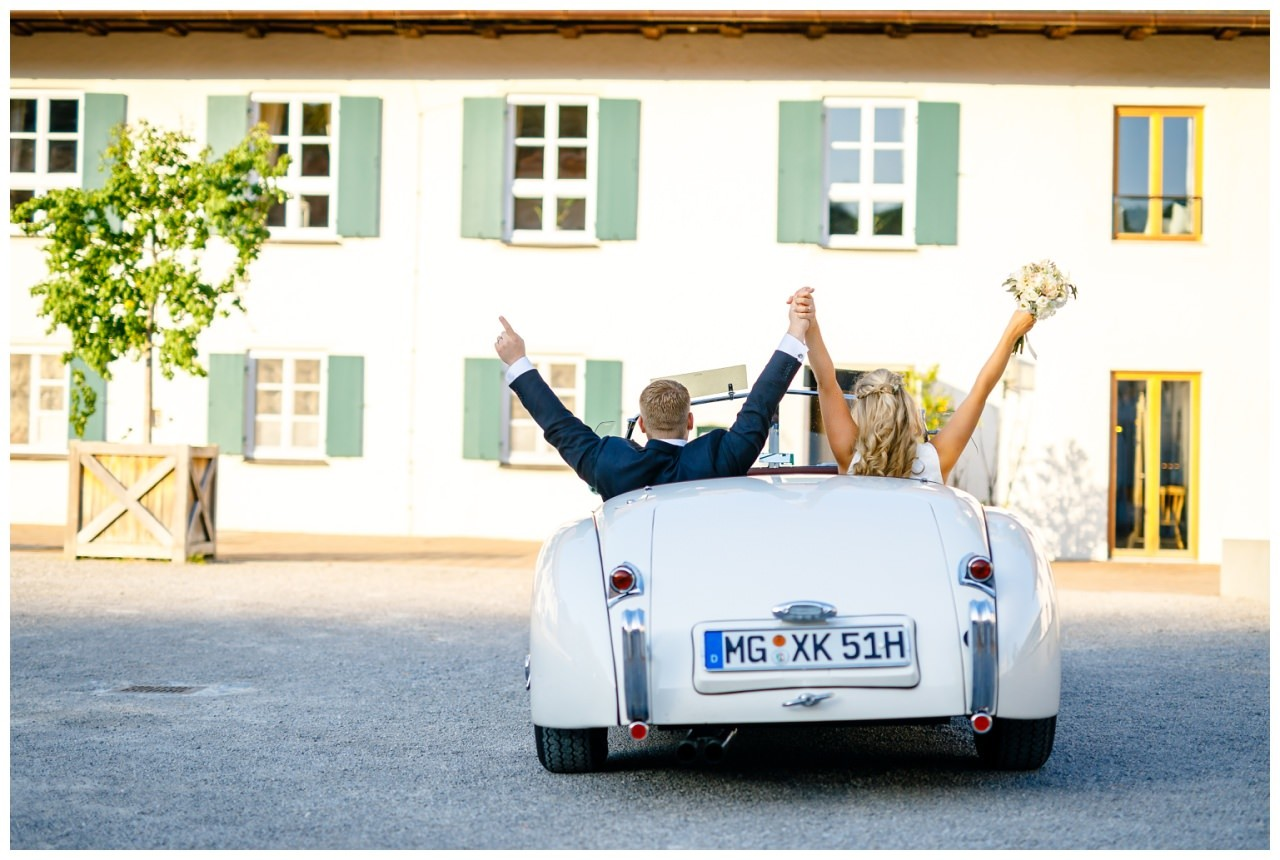 Hochzeit Tegernsee Fotograf Standesamt Bayern Hochzeitsfotograf 58 - Hochzeit am Tegernsee