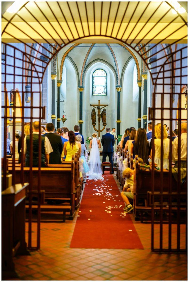 Kirchliche Hochzeit in Köln Fühling.