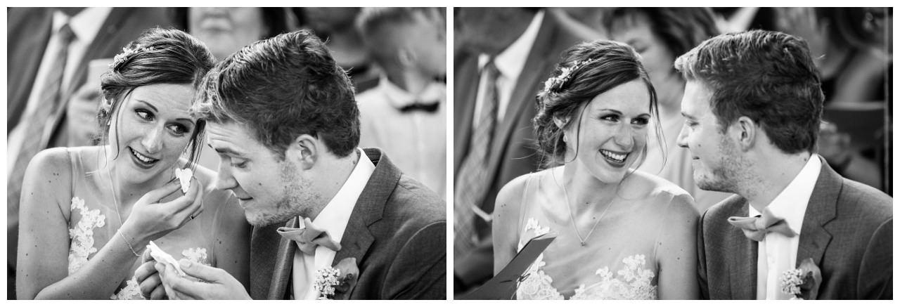 Das Brautpaar bei der kirchlichen Trauung in NRW.