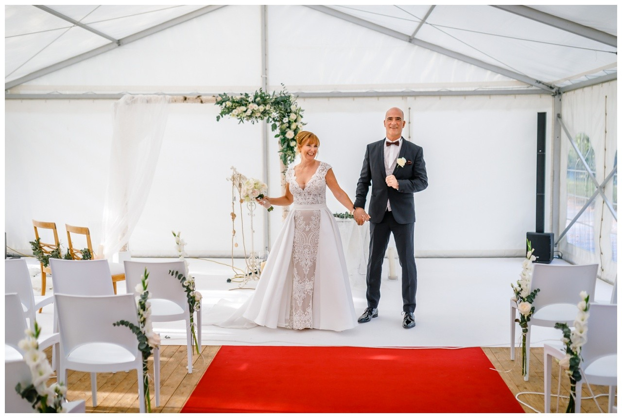 Hochzeit Heavens Langenfeld Hochzeitsfotograf freie Trauung 32 - Standesamtliche Hochzeit oder Freie Trauung im Ausland?