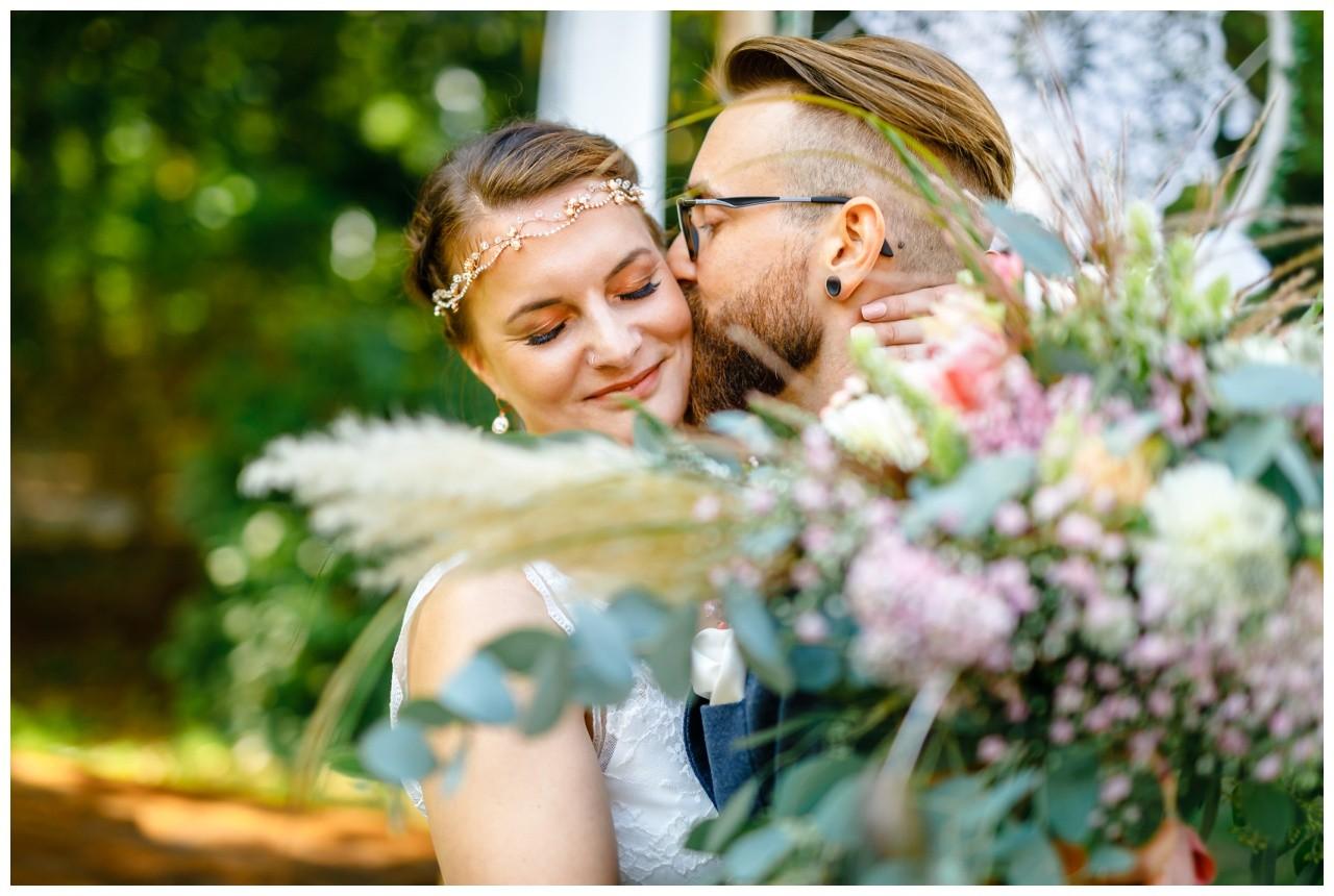 Hochzeit im Kirschhof Viersen Hochzeitsfotograf Vintage Boho Freie Trauung 41 - ❤ authentische und emotionale Hochzeitsfotografie ❤