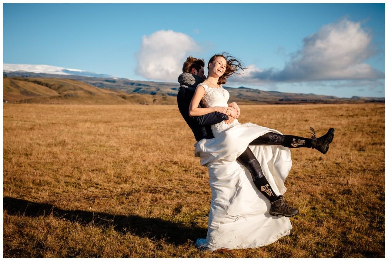 After Wedding Shooting Island Hochzeitsfotos Fotograf 35 - After Wedding Shooting auf Island