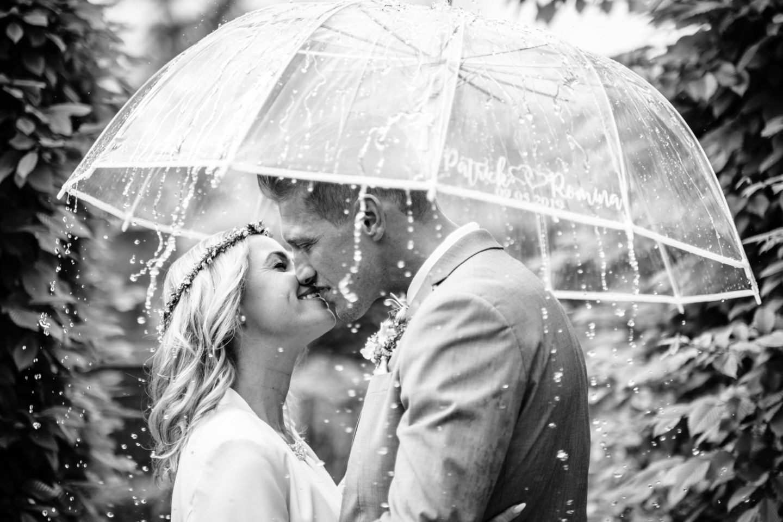 Regen am Hochzeitstag - 7 Tipps für Regenwetter bei der