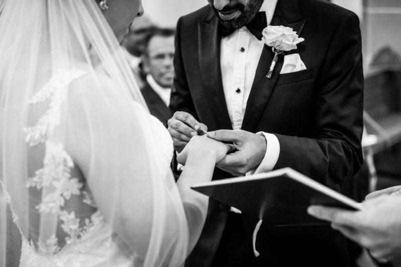 Hochzeitsfotos Standesamt kirchliche oder freie Trauung 045 800x533 - Trauung Bildergalerie