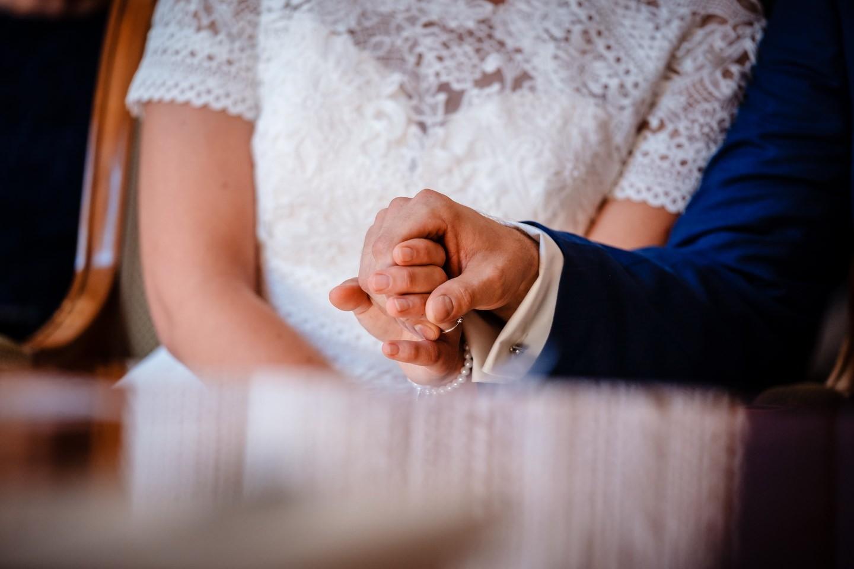 hochzeitsfotos standesamt fotograf fotos standesamtliche trauung 041 - Standesamtliche Hochzeit oder Freie Trauung im Ausland?