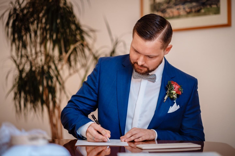 hochzeitsfotos standesamt fotograf fotos standesamtliche trauung 043 - Standesamtliche Hochzeit oder Freie Trauung im Ausland?