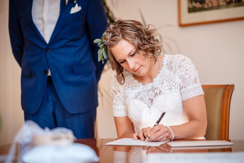 hochzeitsfotos standesamt fotograf fotos standesamtliche trauung 044 - Standesamtliche Hochzeit oder Freie Trauung im Ausland?