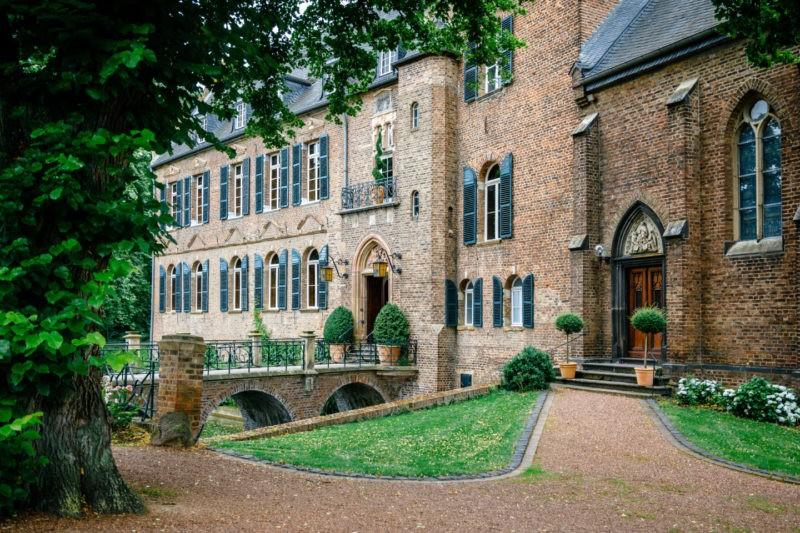 Hochzeitslocation NRW Burg Bergerhausen Köln