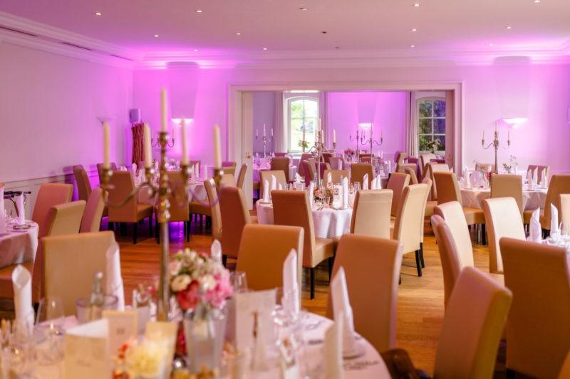 Raumgestaltung Hochzeitslocation NRW Elfrather Mühle Krefeld