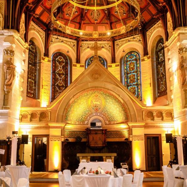 Hochzeit Eventkirche Velbert Heiraten Location Hochzeitslocation NRW Fotograf 1 600x600 - Eventkirche Velbert - Hochzeitslocation NRW