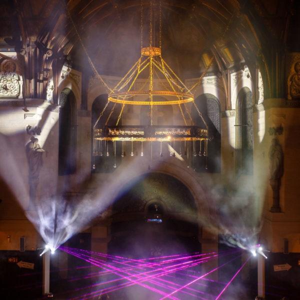 Hochzeit Eventkirche Velbert Heiraten Location Hochzeitslocation NRW Fotograf 25 600x600 - Eventkirche Velbert - Hochzeitslocation NRW