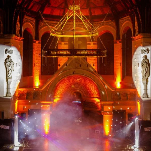 Hochzeit Eventkirche Velbert Heiraten Location Hochzeitslocation NRW Fotograf 27 600x600 - Eventkirche Velbert - Hochzeitslocation NRW