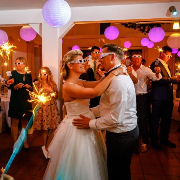Hochzeit Kaiserhof Willich Heiraten Hochzeitslocation NRW Fotograf 37 600x600 - Kaiserhof Willich - Hochzeitslocation NRW