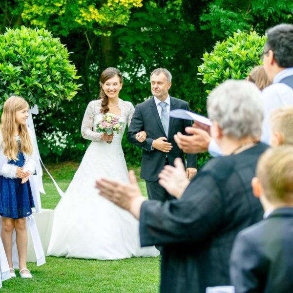 Hochzeit Lennhof Dortmund Heiraten Location Hochzeitslocation NRW Fotograf 5 600x600 - Lennhof in Dortmund - Hochzeitslocation NRW