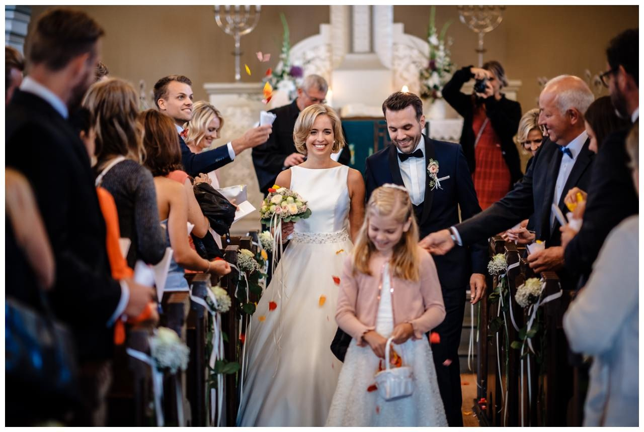 Hochzeit Seeblick Haltern Fotograf Heiraten Elegant  55 - Hochzeit im Seeblick in Haltern