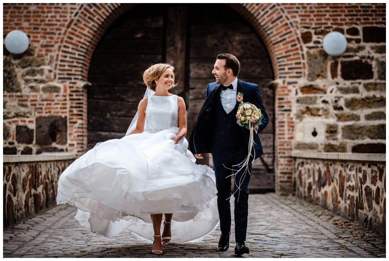 Hochzeit Seeblick Haltern Fotograf Heiraten Elegant  66 - Hochzeit im Seeblick in Haltern