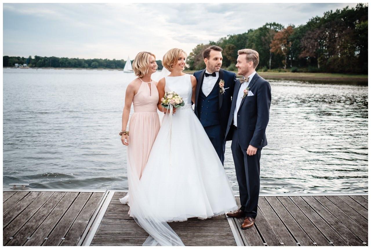 Hochzeit Seeblick Haltern Fotograf Heiraten Elegant  78 - Hochzeit im Seeblick in Haltern
