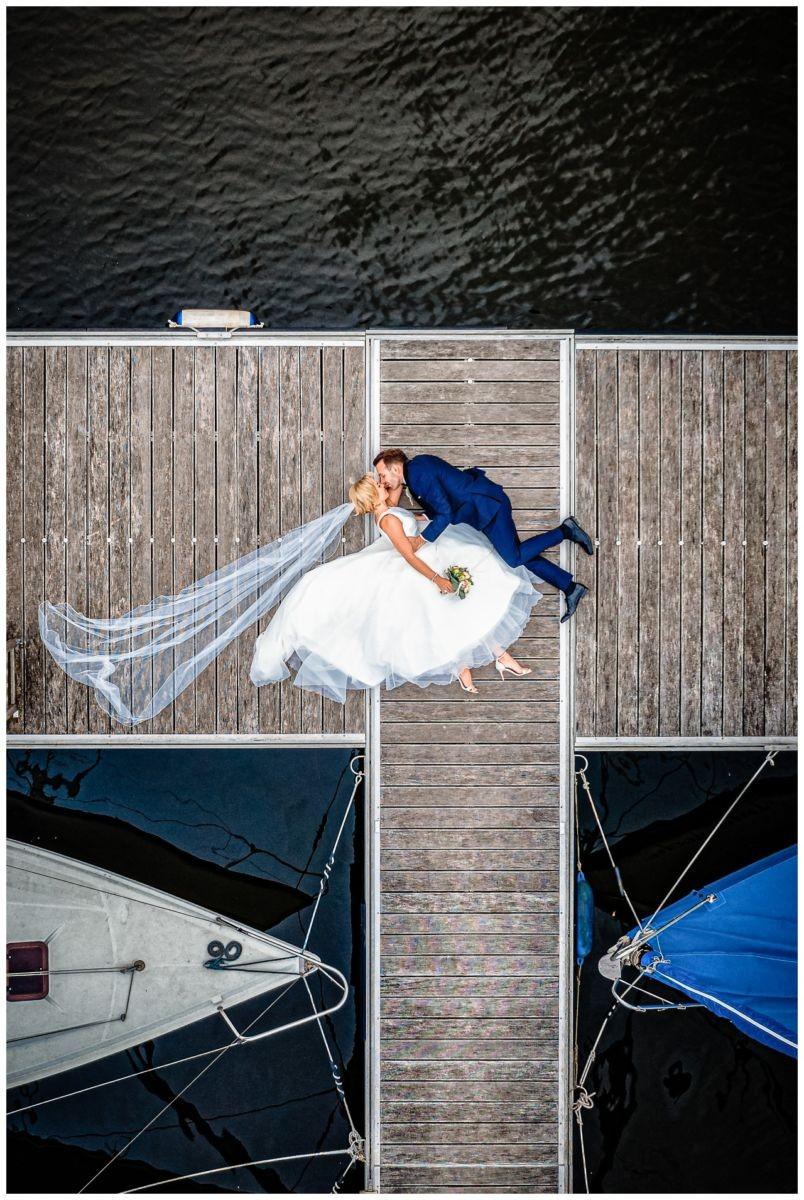 Hochzeit Seeblick Haltern Fotograf Heiraten Elegant  82 - Hochzeit im Seeblick in Haltern