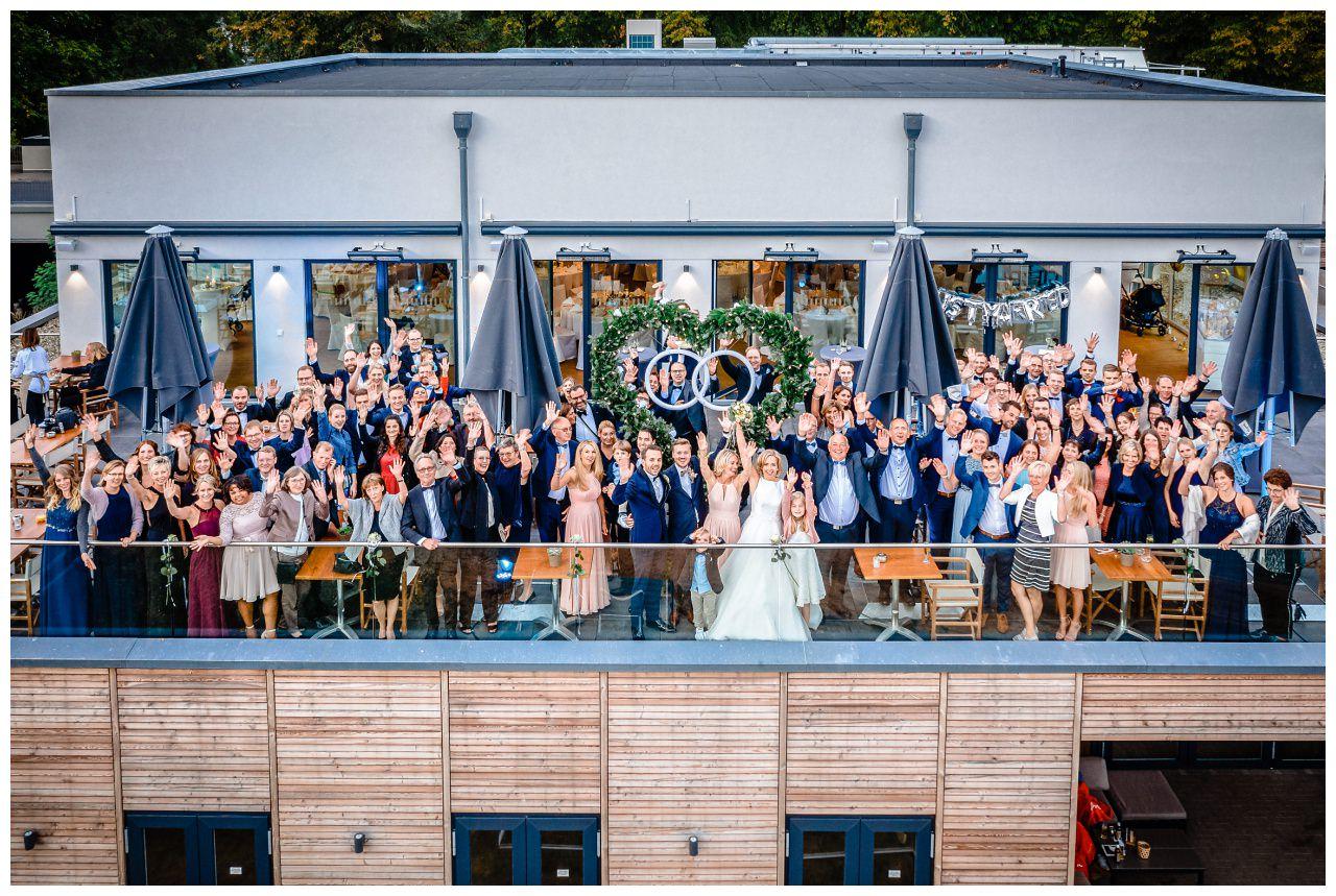 Hochzeit Seeblick Haltern Fotograf Heiraten Elegant  85 - Hochzeit im Seeblick in Haltern